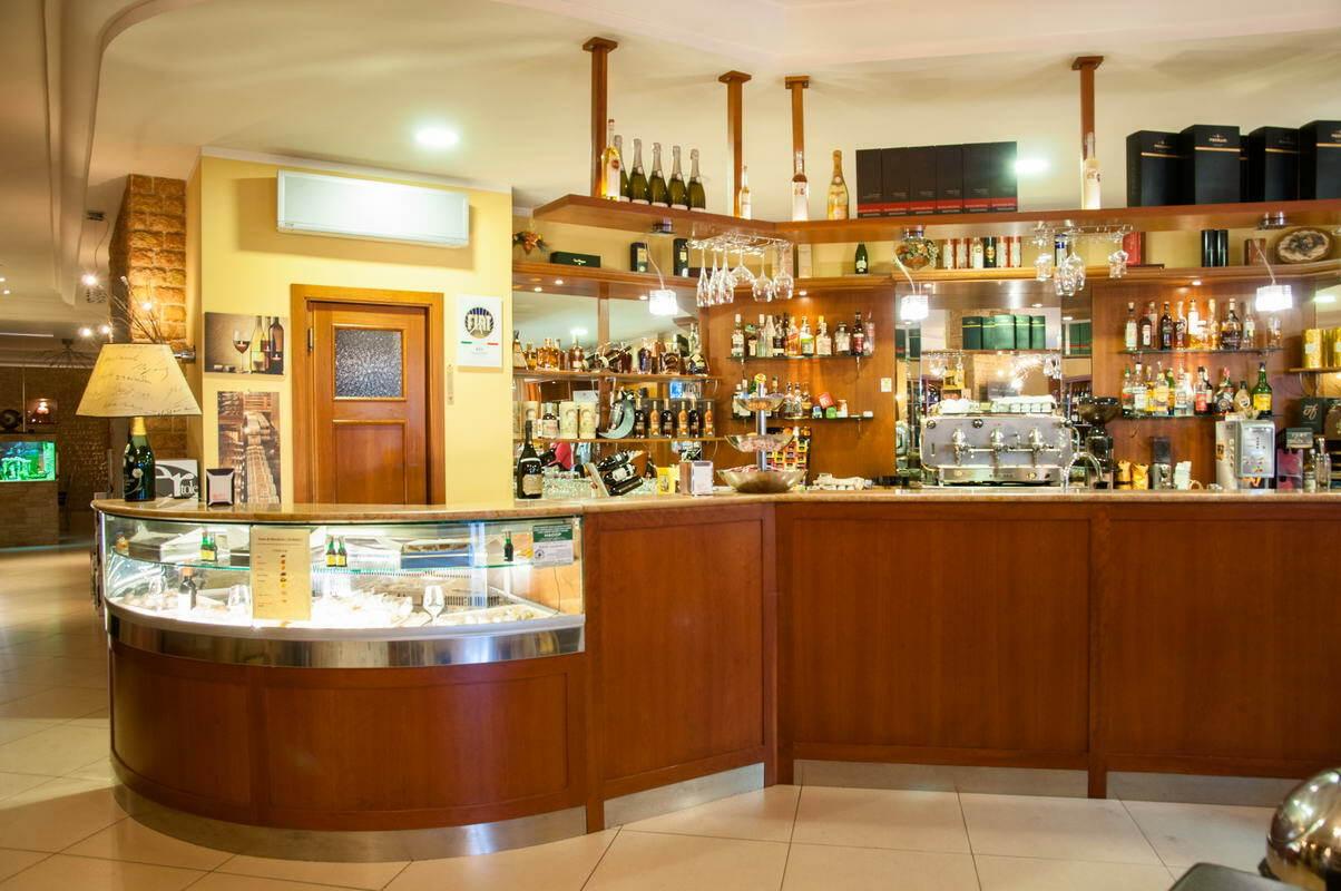 sala-bar-enoteca-agapein-12