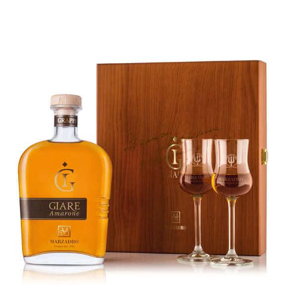 Grappa Giare Amarone confezione legno con due bicchieri