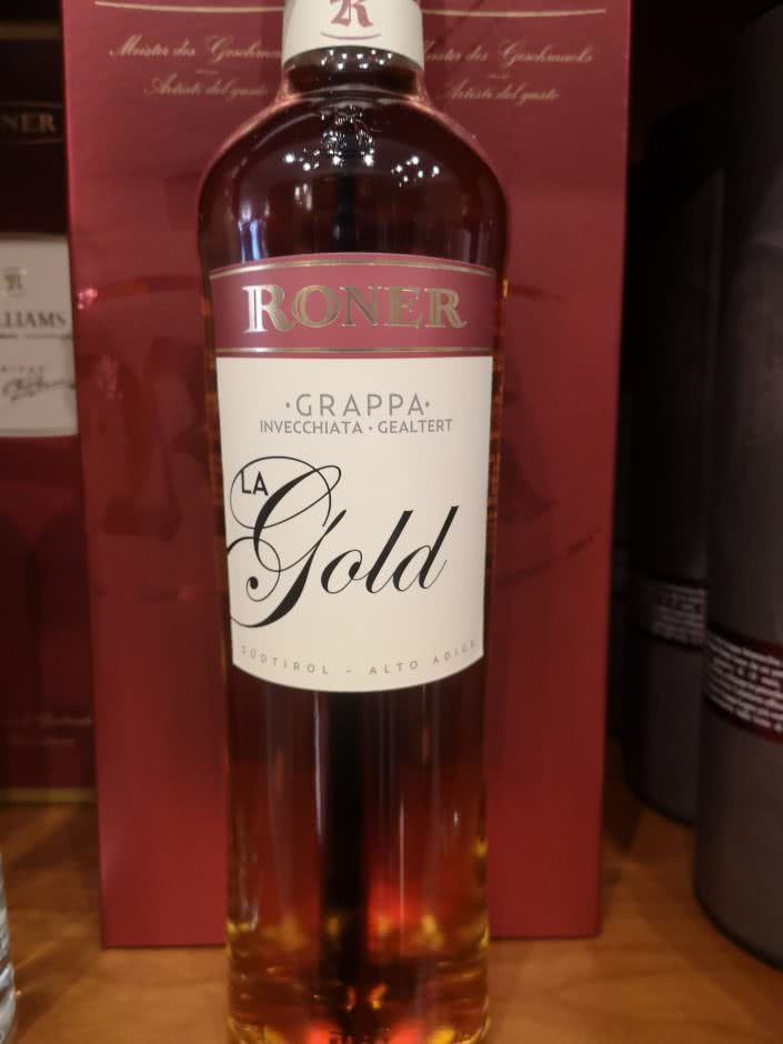 La Gold Grappa invecchiata Roner